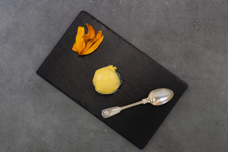 mango kulfi gelato